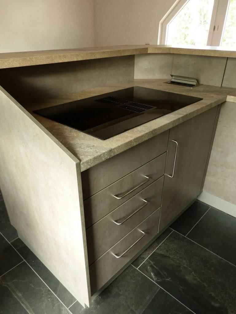 Kleine Küche mit großer Funktionalität Tischlerei-Schmandin